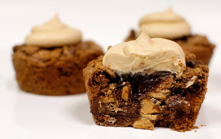 Chocolate Chip Walnut Brownie Cupcakes With Peanut Butter ...