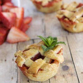 Gluten Free Strawberry Rhubarb Mini Pies | PIE/Tarts | Pinterest