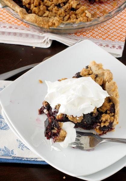 Whole Wheat Blueberry Crumb Pie | Yum | Pinterest