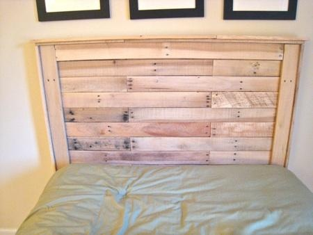 Reclaimed wood headboard from pallets for the home for How to make a wood pallet headboard