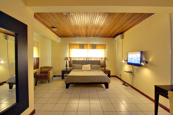 Top Class Relaxing Bedroom
