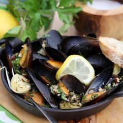 Mussels with Hazelnut Gremolata + Flavor Forecast 2013 — Punchfork