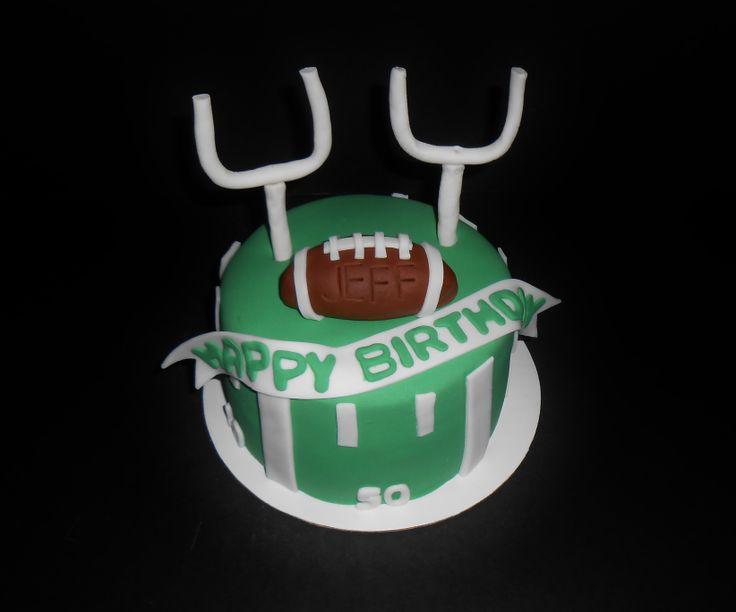 Cake Decorating Football Theme : Pin Football Themed Birthday Cake And Cupcake Decorating ...