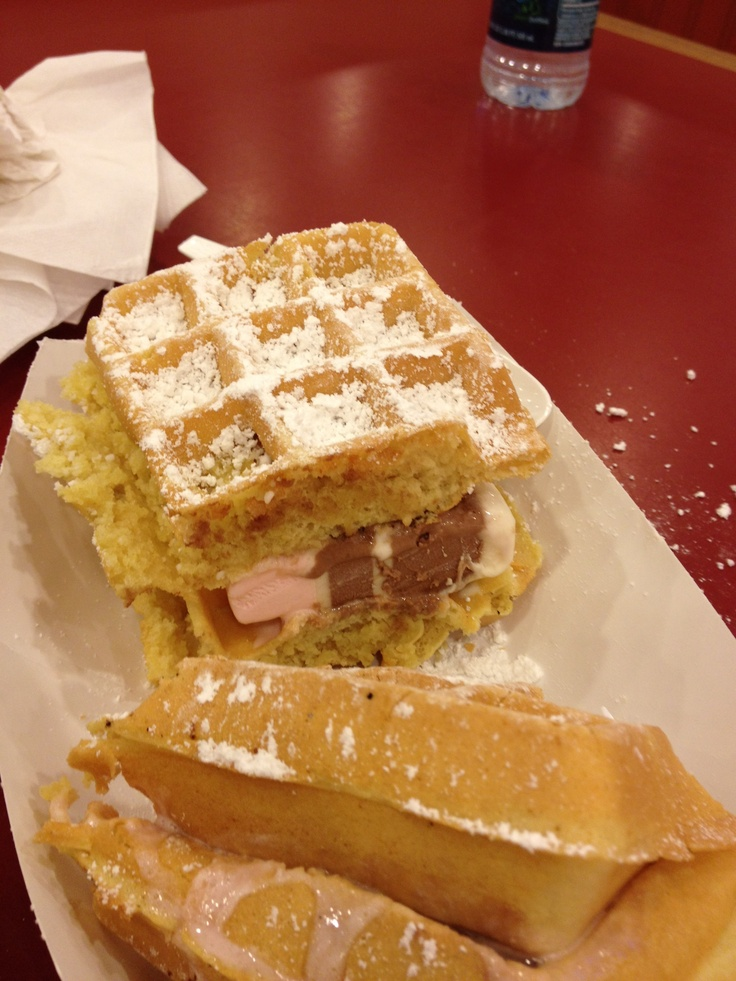 Waffle ice cream sandwich ! Yum! | Things I love in New Jersey! | Pin ...