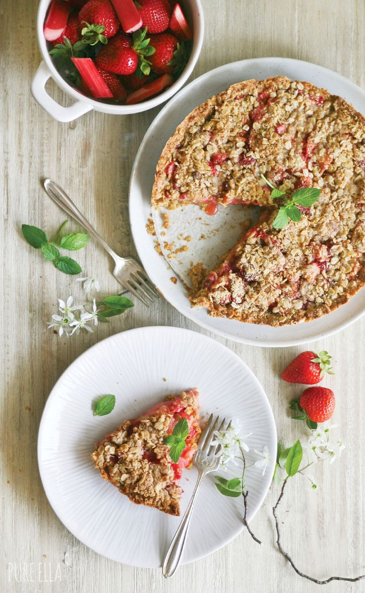 Pure Ella   Strawberry Rhubarb Crumble Pie : gluten-free and vegan