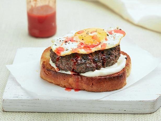 Sunny Side Up Burger #UltimateComfortFood