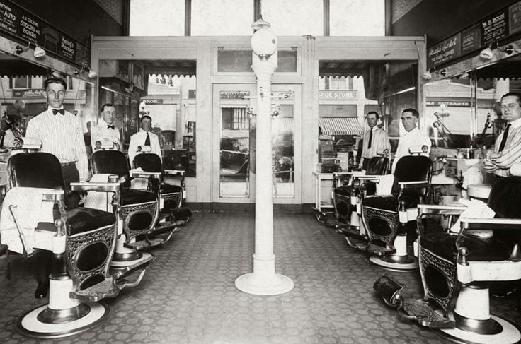 Barber Shop In Anaheim : 1921 barber shop off of Center St. (Now Lincoln Ave.) in Anaheim.