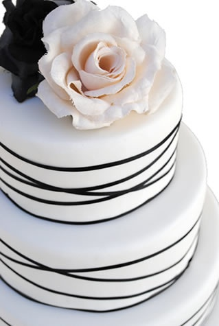 Black and white cake - Love the design, but I would want purple flowers on it to pull all our colors together!
