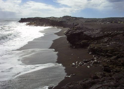 Hidden hawaii the new kaimu black sand beach in kalapana Black sand beach hawaii