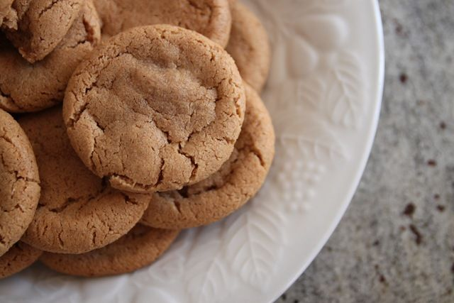 almond butter cookies using just almond butter, sugar, egg, pinch of ...