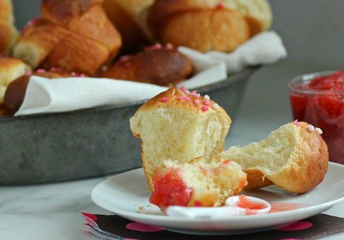 Vanilla cloverleaf rolls | Lets Bake some Breads & Rolls | Pinterest