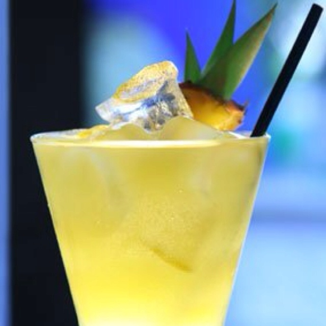 Pisco Punch | Delicious food, desserts and drinks | Pinterest