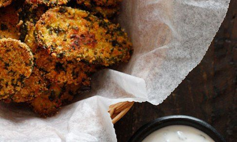 Oven Fried Pickles with Skinny Herb Buttermilk Ranch Dip | Recipe