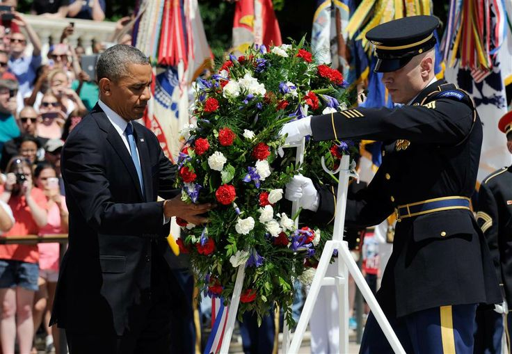 is memorial day a paid federal holiday