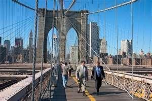 Walking Across the Brooklyn Bridge from Manhattan to Brooklyn