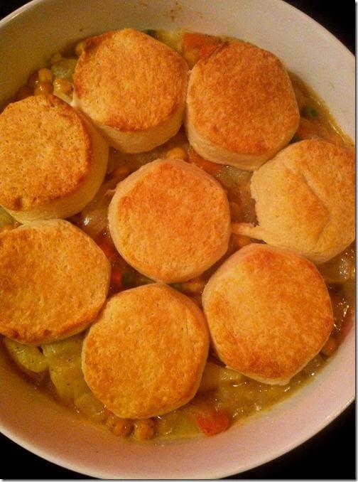 Chickpea Pot Pie! 319 calories per serving. Vegetarian, (almost) vegan ...