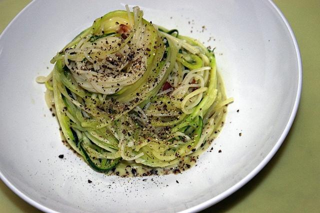 zucchini carbonara | In da Kitchen | Pinterest