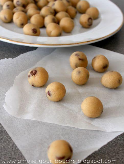 No-bake cookie dough bites - Amuse Your Bouche