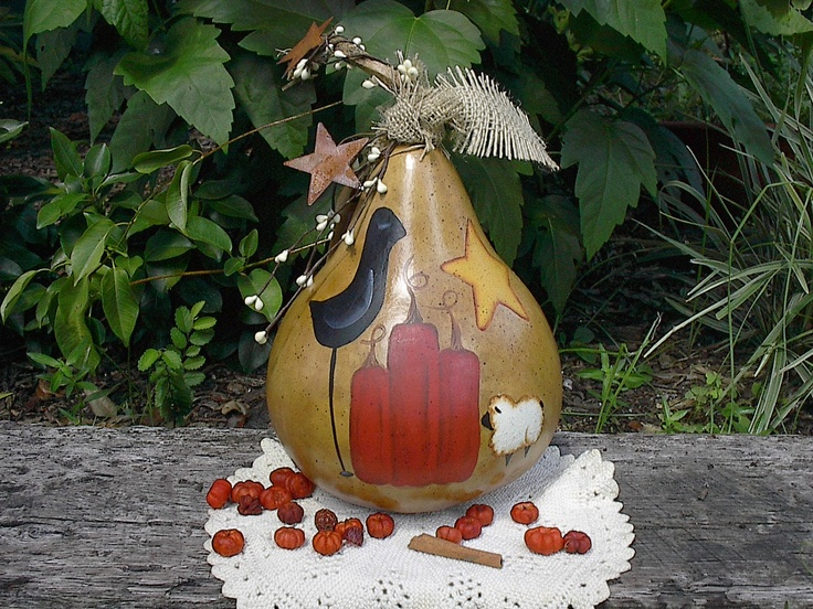 Primitive painted gourd pumpkin crow fall autumn centerpiece