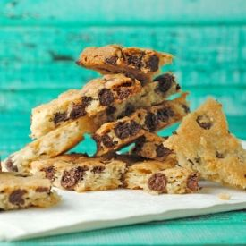 ... addicting cookie you'll ever have ~ Chocolate Chip Cookie Brittle