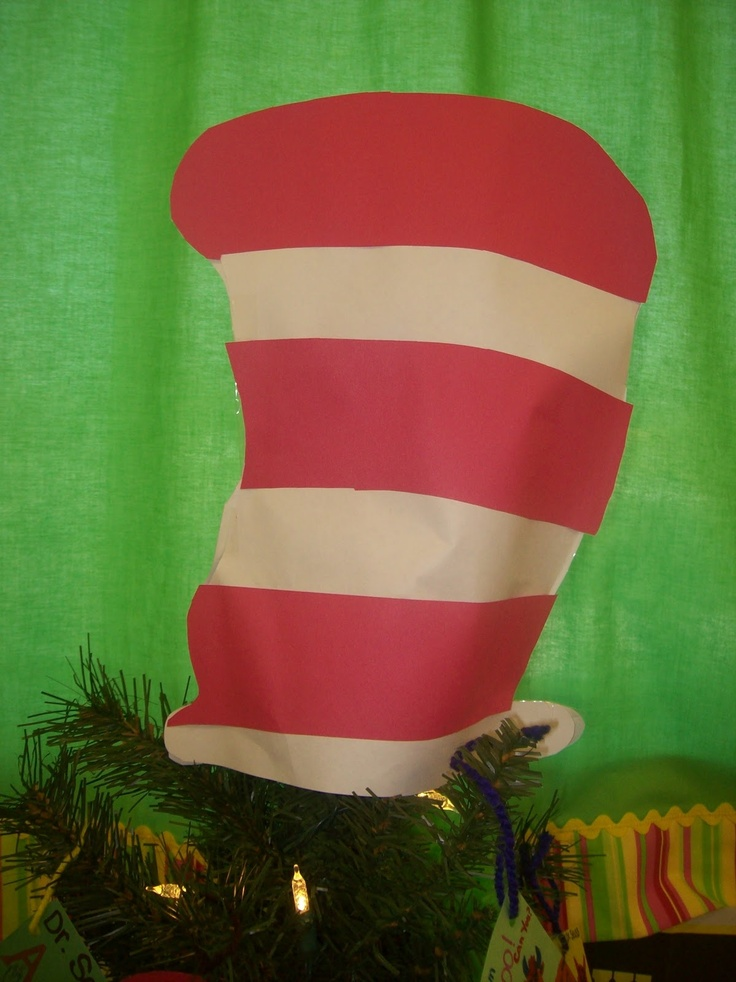 Inner dr seuss with a quot cat in the hat quot tree topper for a kid s tree