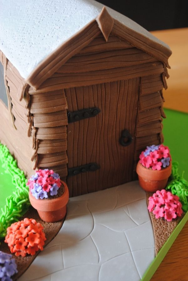 How To Make A Garden Shed Cake Topper