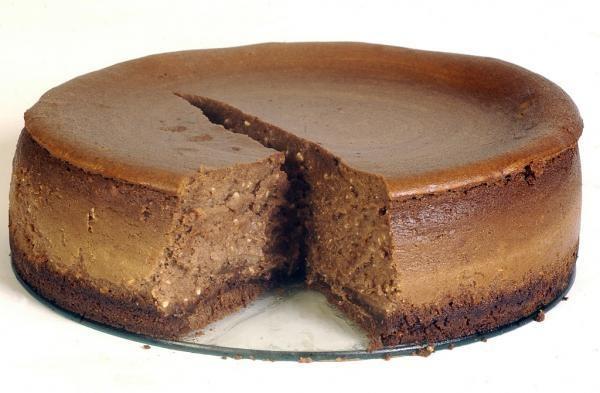 Irish Cream Chocolate Cheesecake | cheesecakes galore | Pinterest