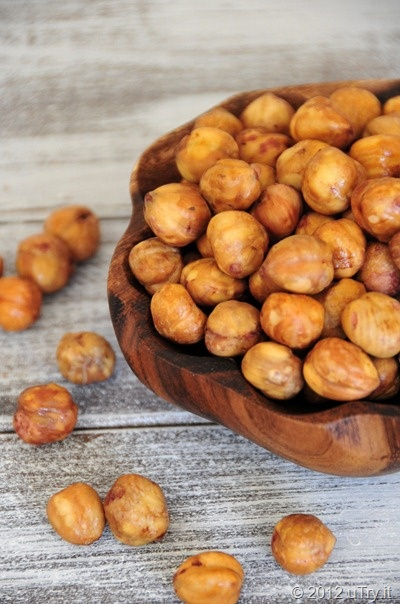 How To Peel Hazelnuts—With Video Tutorial from uTry.it by Amy