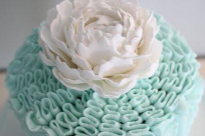 Pin Ruffle Tower Cake {martha Stewart} Fruit âà...