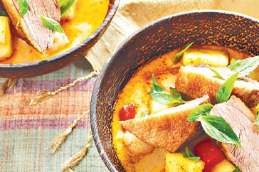 Red duck curry with pineapple and lychees | Recipe