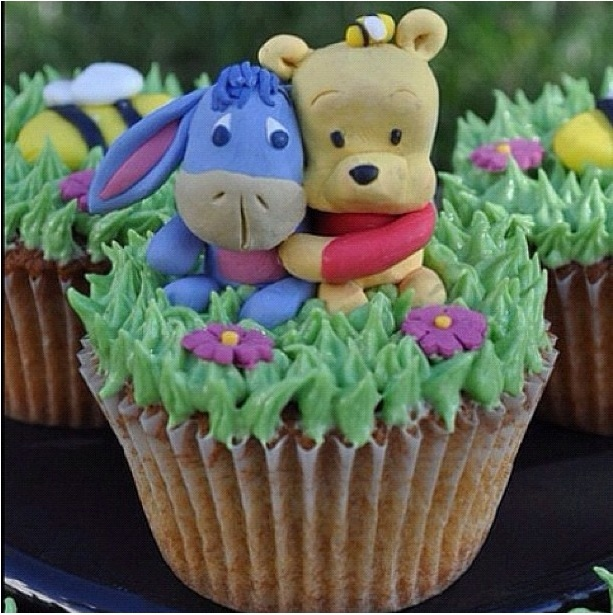 Whinnie the pooh cupcakes
