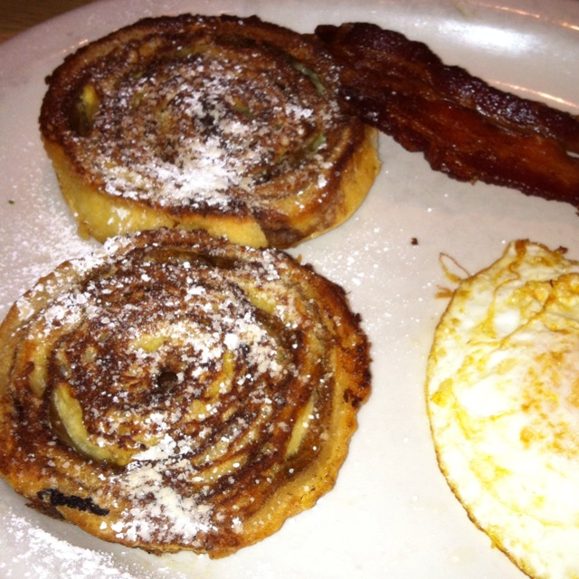 Cinnamon Roll French Toast | Food/Recipes | Pinterest
