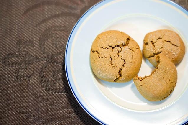 Vegan (Gluten-Free) Ginger Molasses Crinkle Cookies