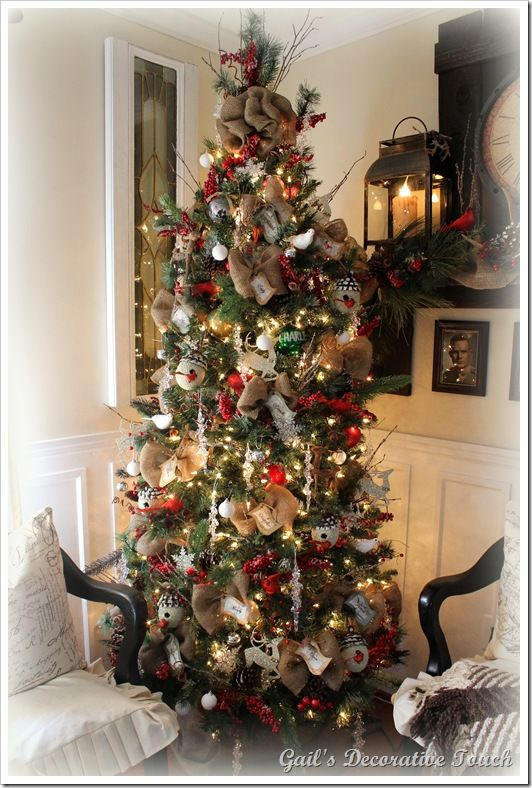 Christmas tree decorations with burlap decorating
