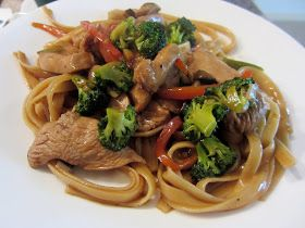 See Kate Cook!: Chicken Lo Mein Stir-Fry | from magnadoodle | Pintere ...