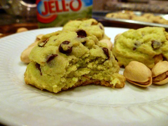 Pistachio Chocolate Chip Cookies | World Pistachio Day | Pinterest