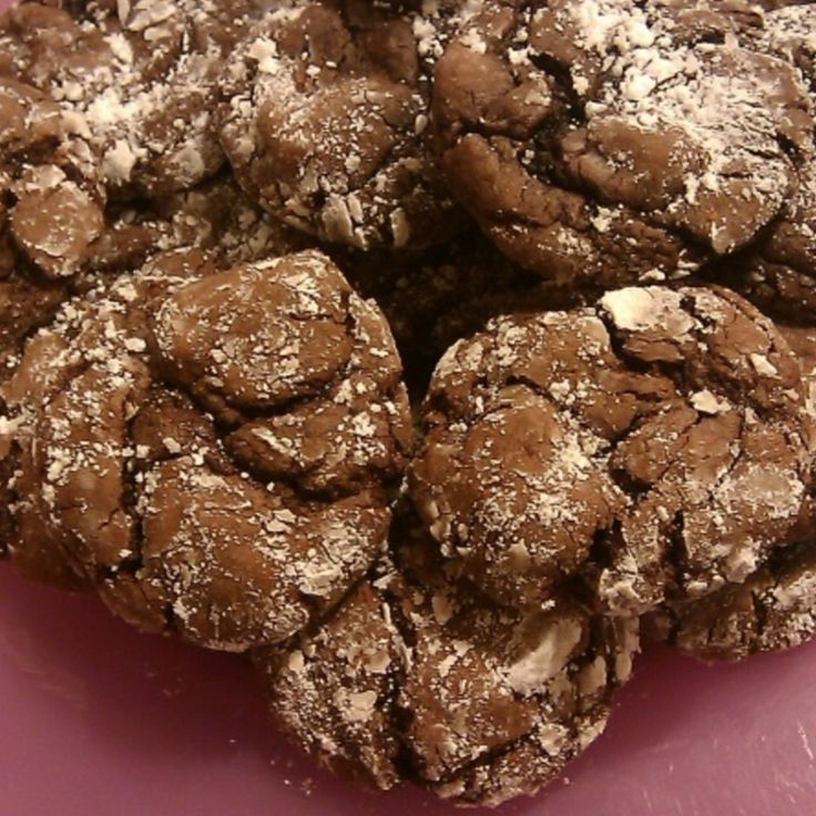Chocolate Crackle Cookies | cookies and bars | Pinterest