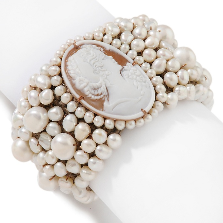 """Amedeo NYC® Cameo Cultured Freshwater Pearl 8"""" Bracelet"""