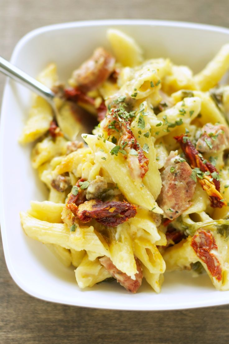 Crockpot Sausage Penne Bake with Sun-Dried Tomatoes and Spinach ...