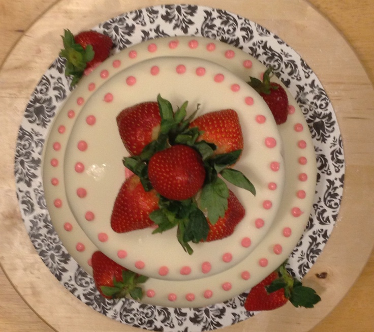 marshmallow frosting recipes dishmaps strawberry marshmallow frosting ...
