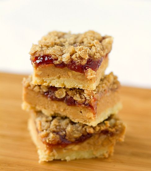 Peanut Butter and Jelly Pie Bars...I have been craving PB&J and this ...
