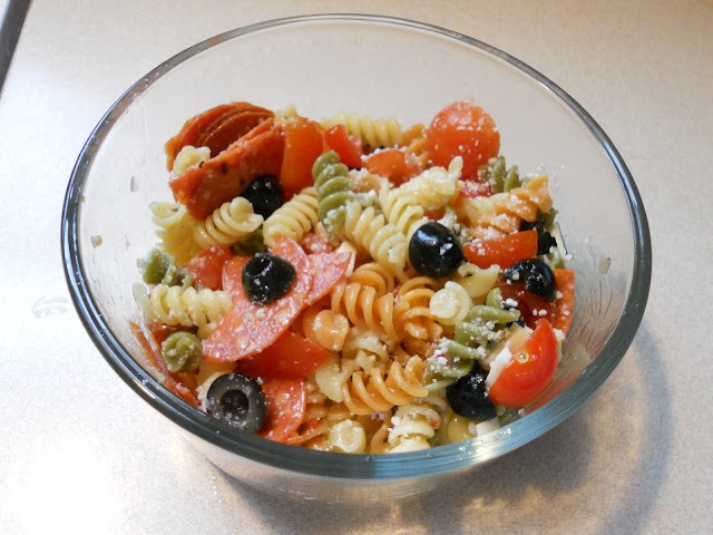 Cold italian pasta salad food pinterest Pasta salad recipe cold