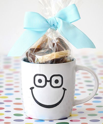 Homemade Gifts For Fathers Day - Fudge In A Mug. Fudge Recipe