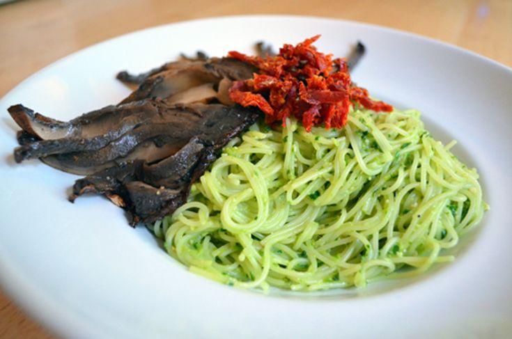 Recipe: Ramp and Spinach Pesto Pasta