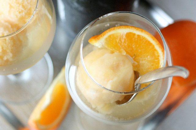Tangerine Sorbet Champagne Floats - Foodista.com