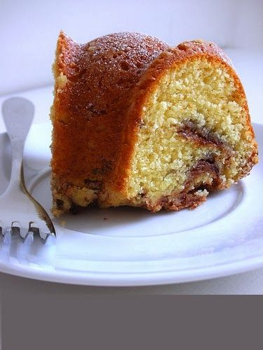 Irish Cream Bundt Cake | * * Cakes and Cupcakes * * | Pinterest