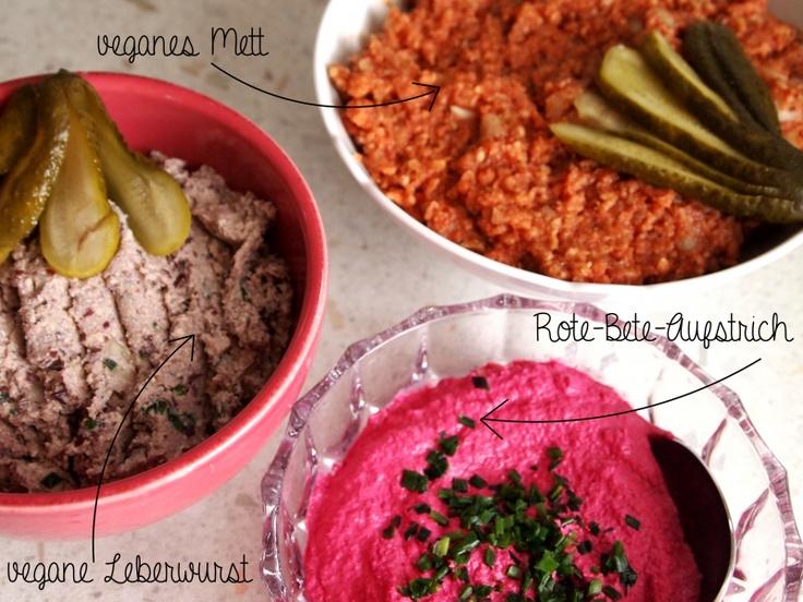 Drei vegane Aufstriche servierte Isabel bei ihrem veganen Osterbrunch: Mett, Leberwurst und Rote Beete-Aufstrich