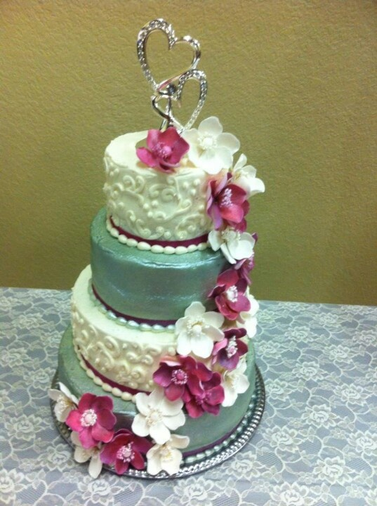 Pink and silver wedding cake!