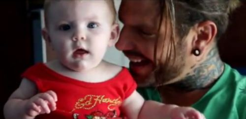 DaughtersJeff Hardy And His Daughter
