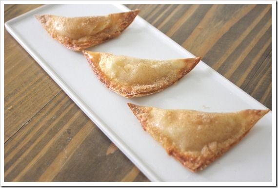 Easy mini apple pies!! Would be just as good with cherry pie filling ...